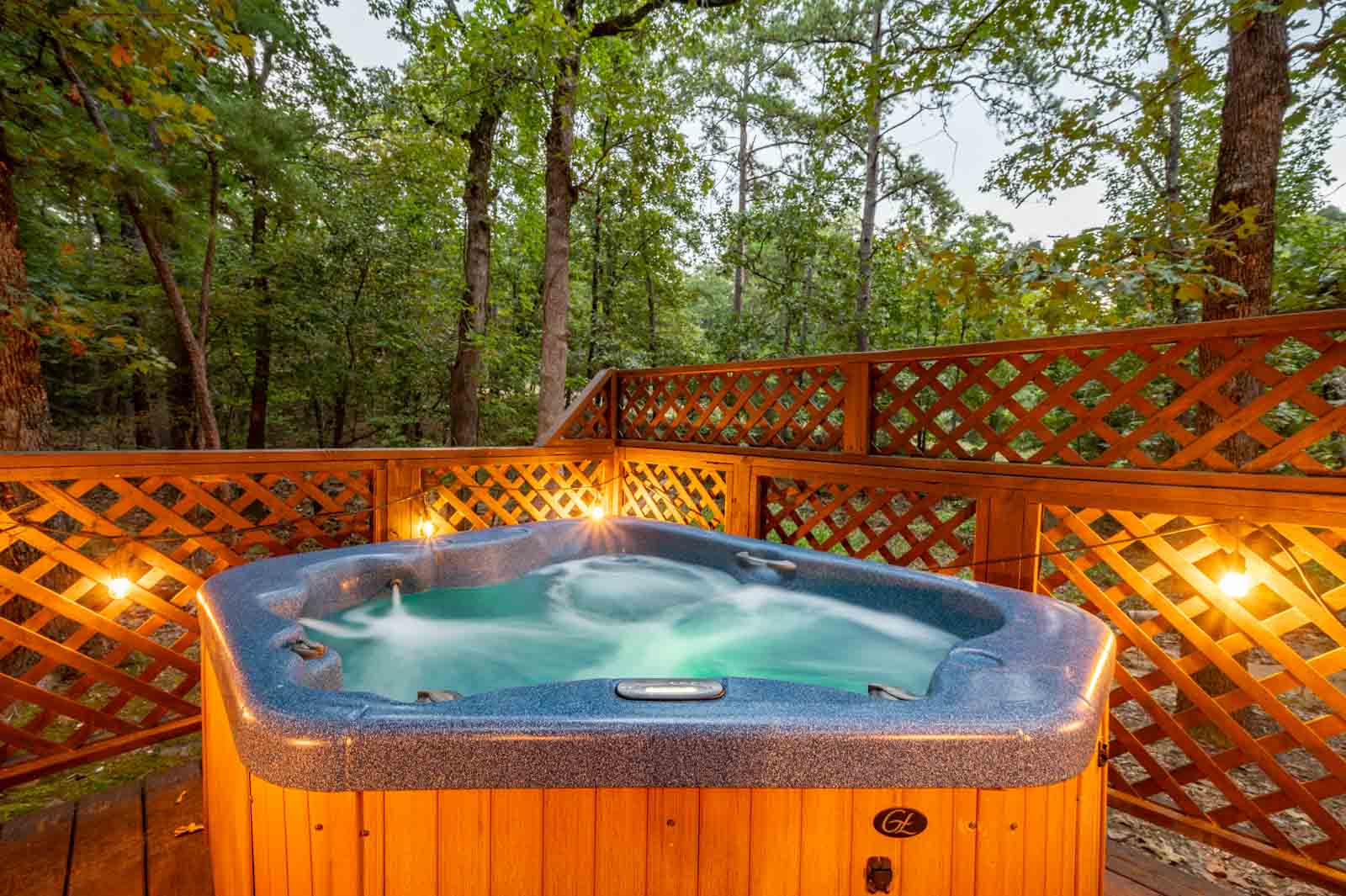 Hot Tubs at Cabins in Broken Bow