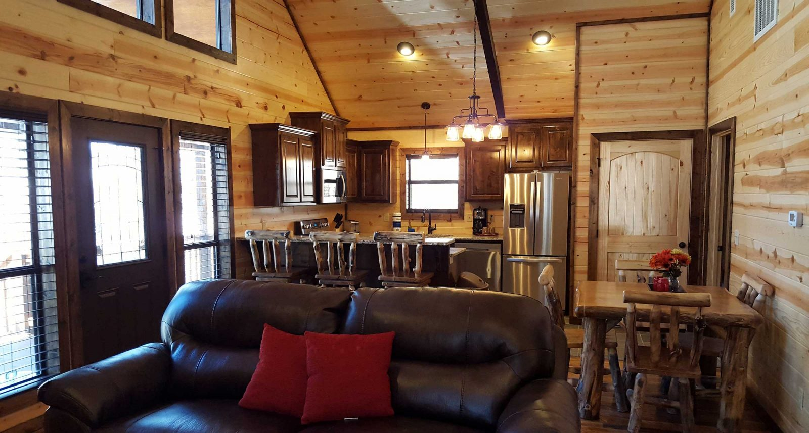 ace-in-the-hole-cabin-in-broken-bow-4