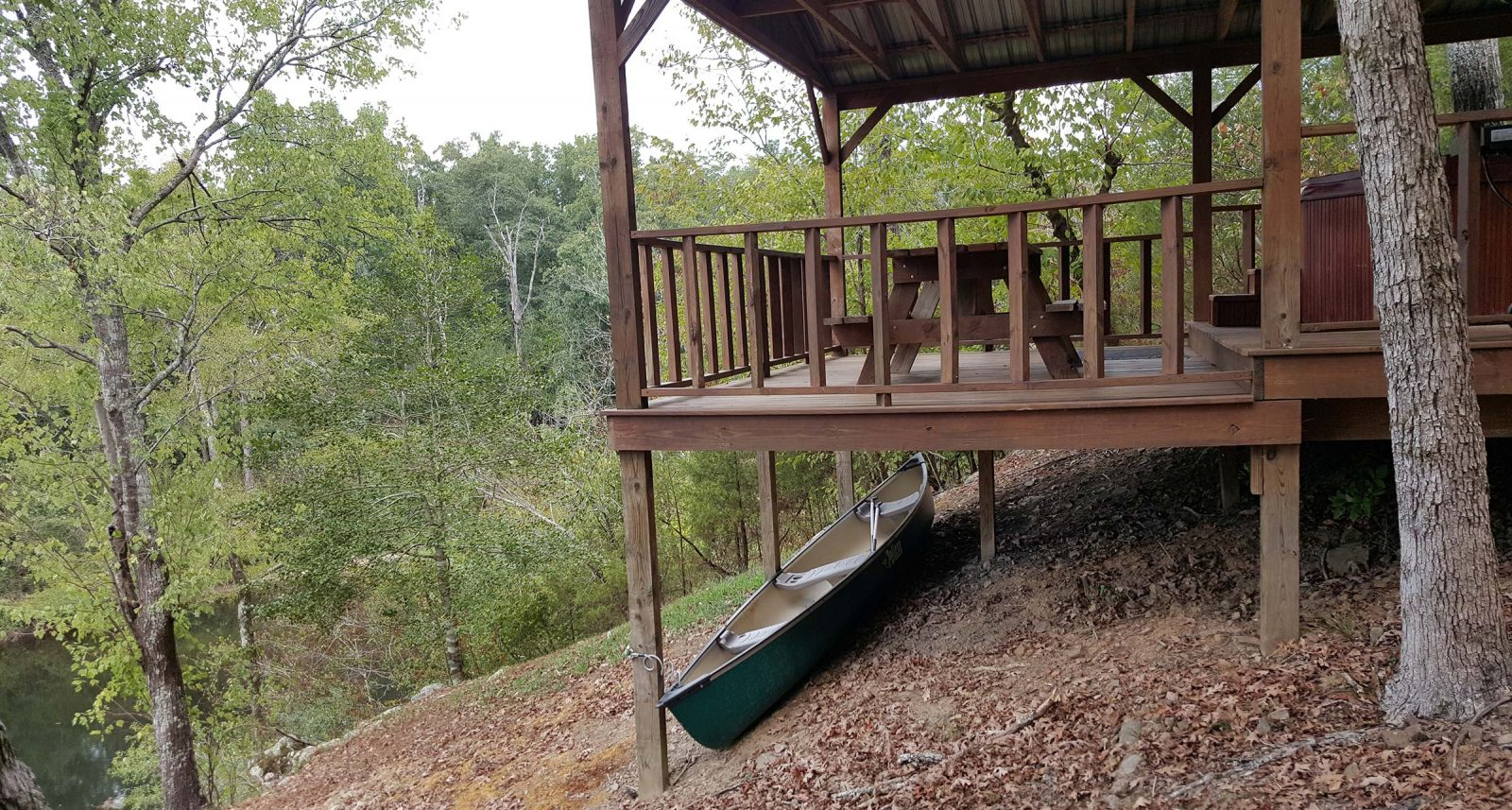 safari-on-glover-river-cabins-in-broken-bow-13