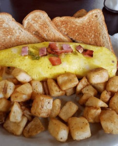 Stevens Gap French toast for breakfast - this restaurant is located in Hocahtown, Oklahoma.